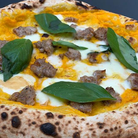 Pizza garage vera pizza napoletana a como for Le garage a pizza